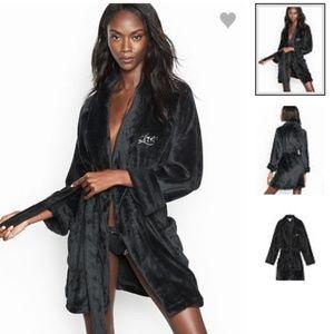 Victoria's Secret Short Plush Black Robe Size XS/S